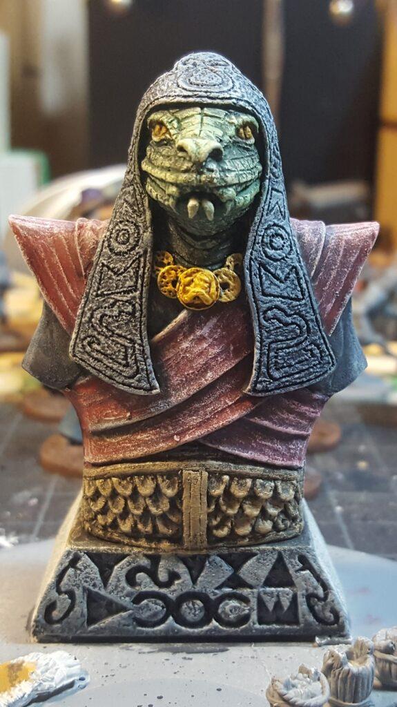 snake statue 1