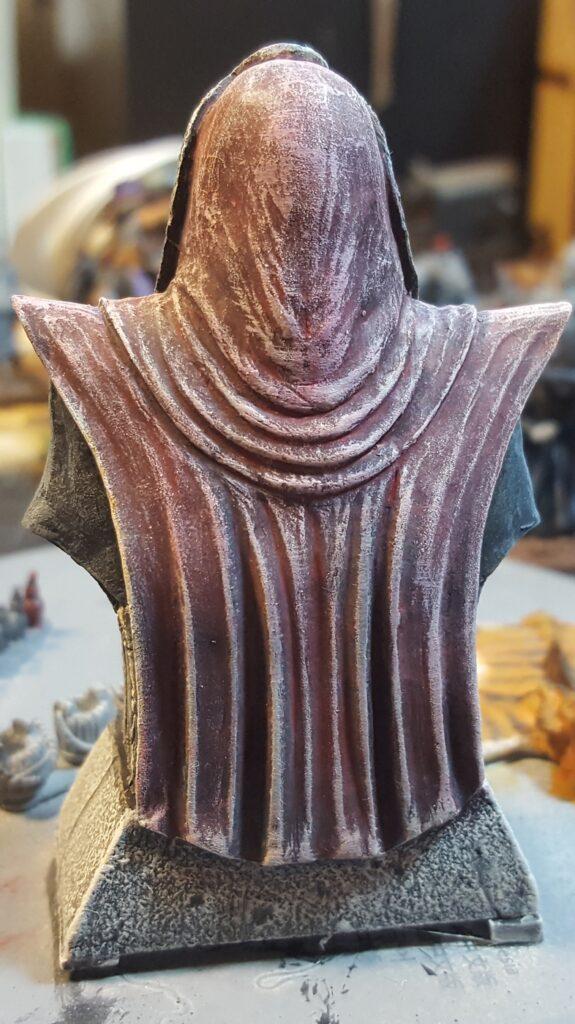 snake statue back